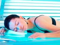 Как правильно загорать в солярии — смотрите здесь! Рекомендации опытных специалистов + инструкция с описанием и фото