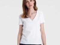 Белая женская футболка — самое простое решение проблемы выбора + фото
