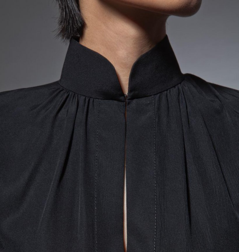 Blouse with a collar stand 1 17