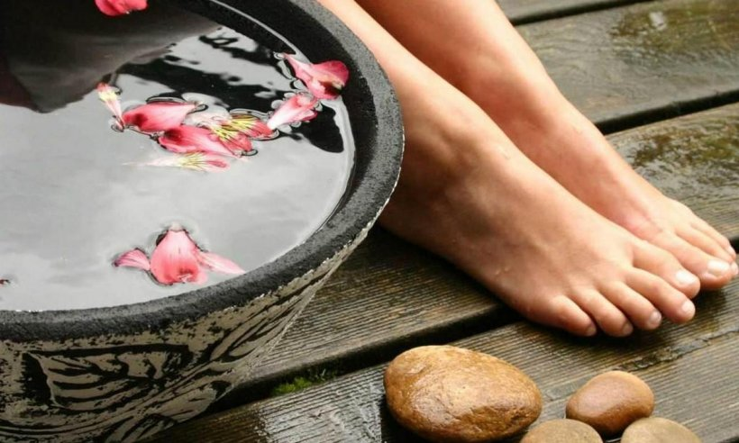 Foot baths at home 14