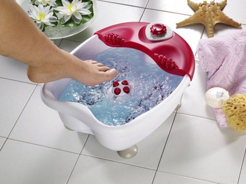 Foot baths with salt 1