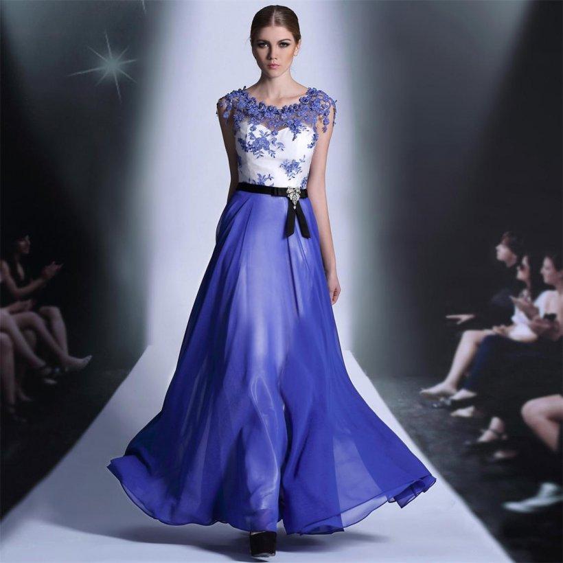ab98a8ca97d Сезон моды нынешнего года был сосредоточен на акцентировании изящности  наряда. При поддержке отличительных приёмов и потенциалов