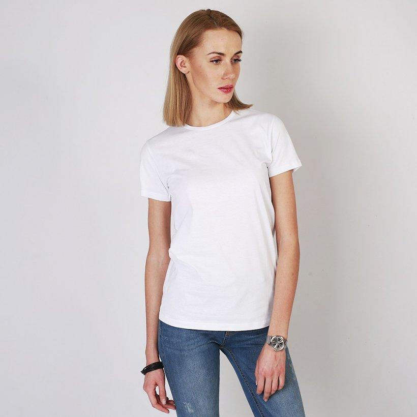white t shirt women 4