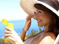 Помощь при солнечных ожогах: как быстро и эффективно избавиться от повреждений кожи