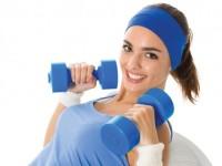 Упражнения с гантелями для женщин — легкие и эффективные варианты тренировок!