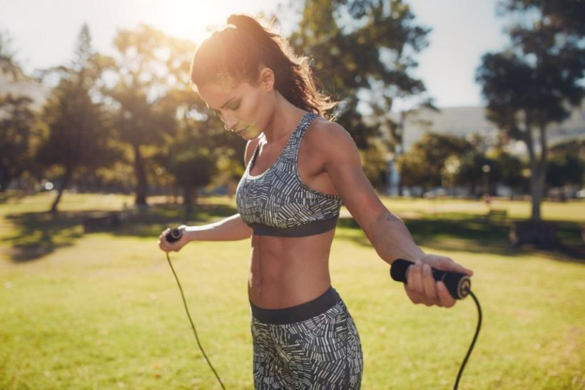 How to lose weight with a rope 1