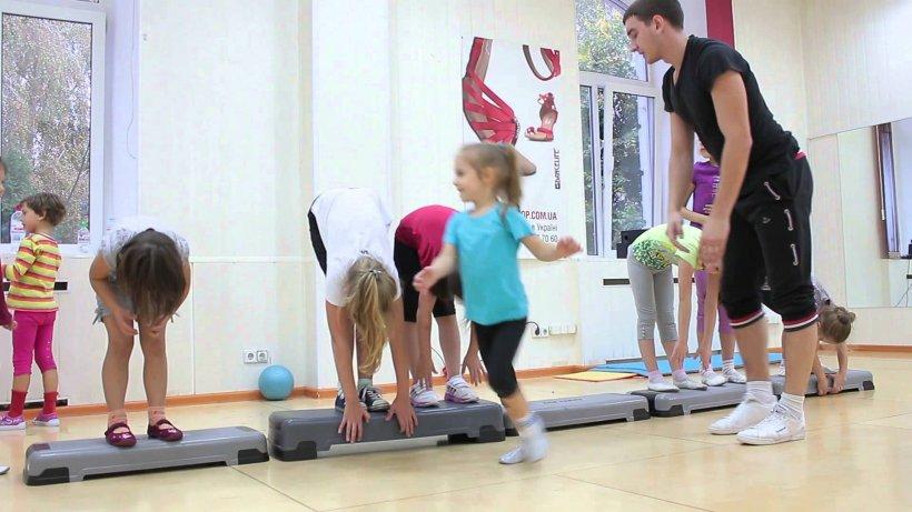 Tantsevalnaya gimnastika 108