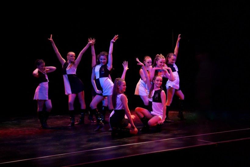 Tantsevalnaya gimnastika 115